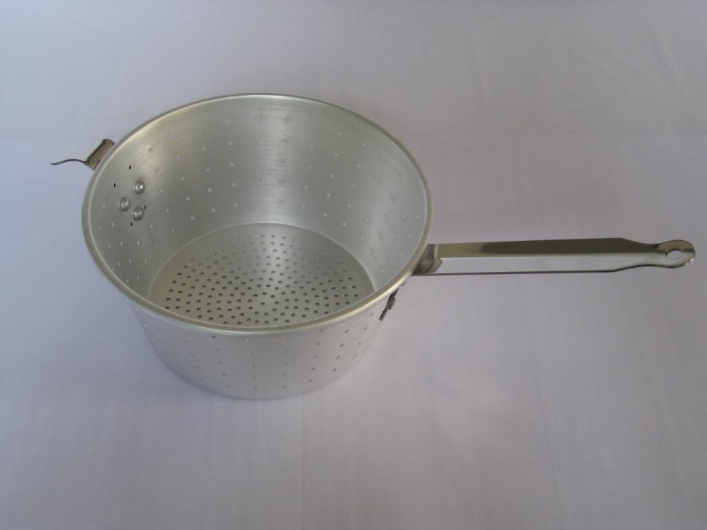spaghetti-strainer